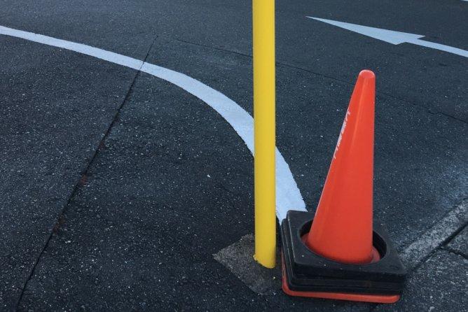駐車場ポール修理工事